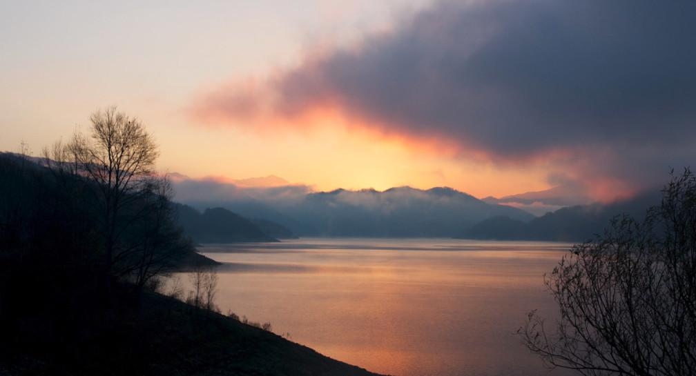 Da Orvinio all'Aquila, Lago del Turano e Lago del Salto image