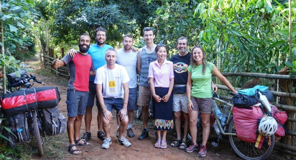ADV Laos – Un viaggio nell'umanità image